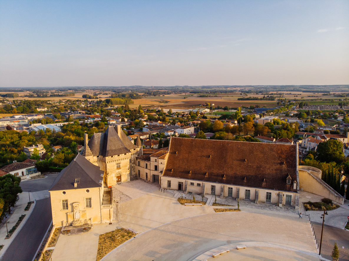 VISITE GUIDEE CHATEAU BARBEZIEUX
